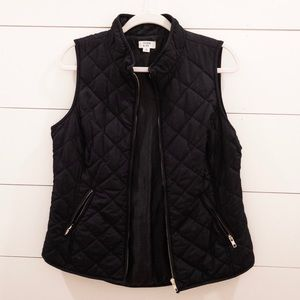 Navy blue quilted vest, size medium